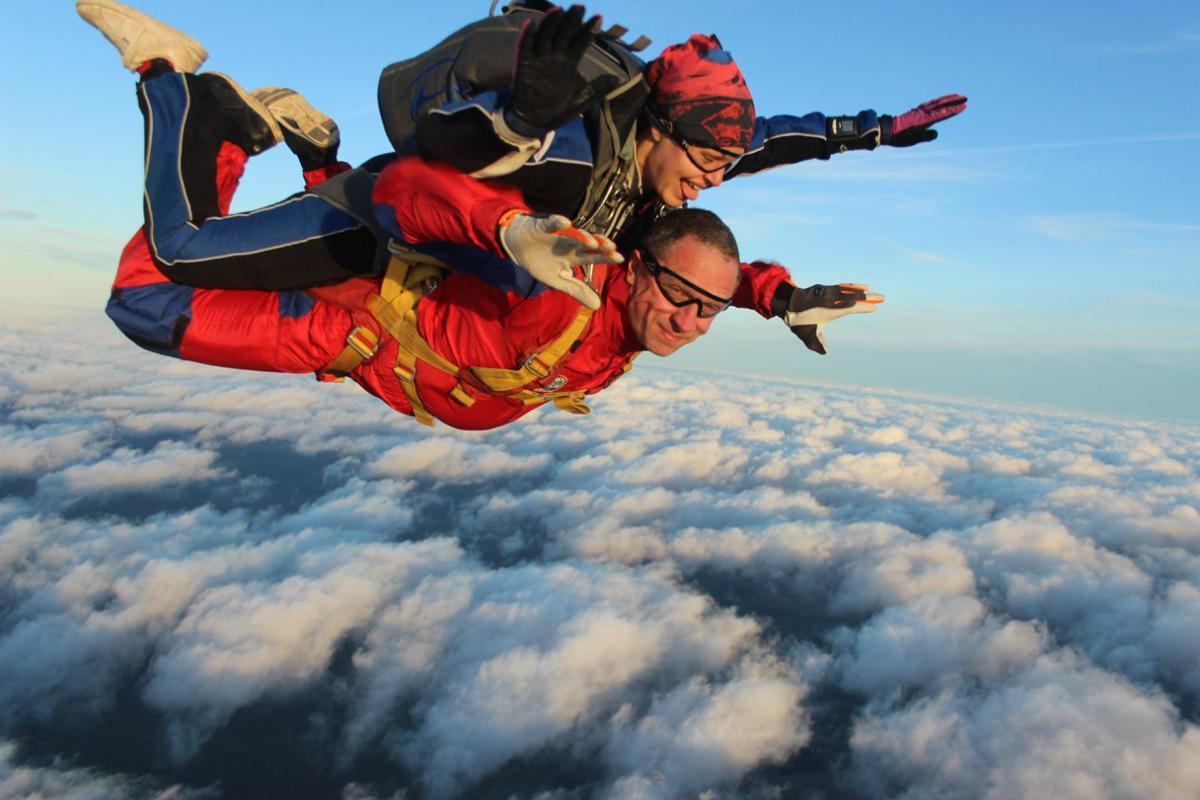 Прыжок с парашютом питер