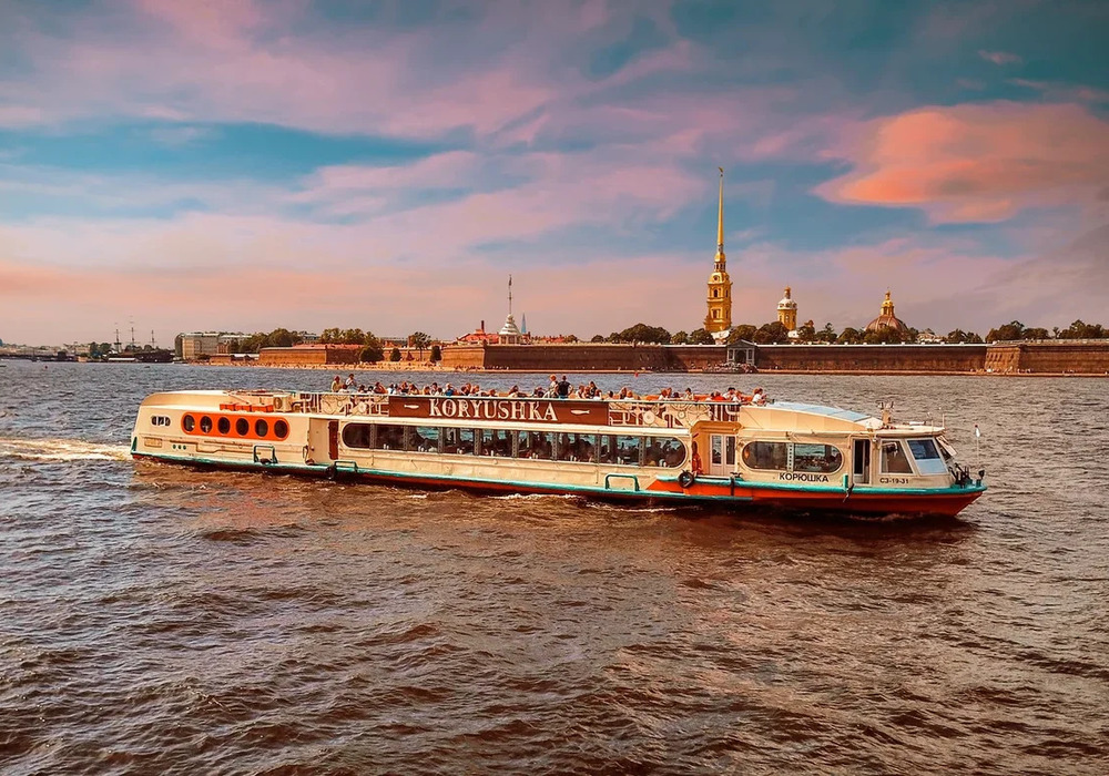 Прогулка по рекам и каналам в СПб