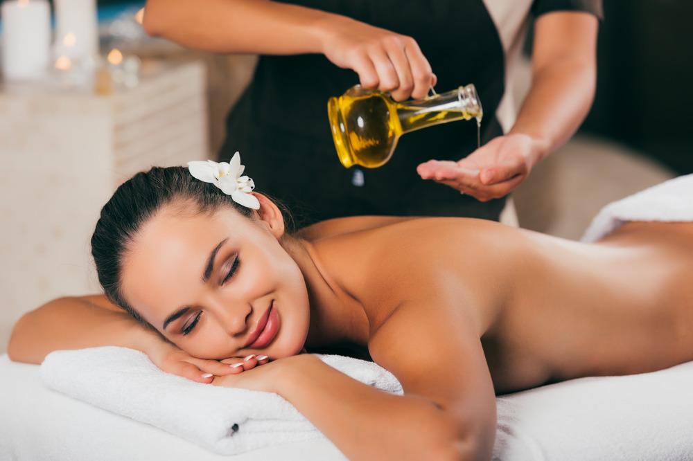 Масляный массаж с аргановым маслом