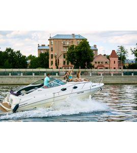 Катание на катере Санкт-Петербург