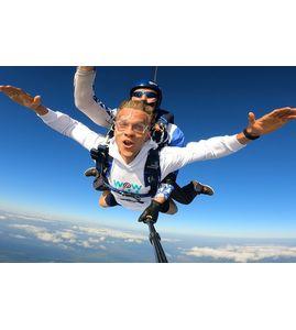 Прыжок с парашютом в тандеме СПб